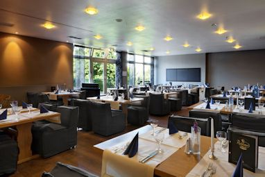 TRYP by Wyndham Bad Bramstedt: Restaurant
